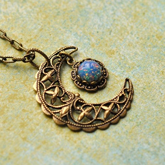 Jewelry Pagan Wicca Witch:  Blue Crescent Moon Necklace.