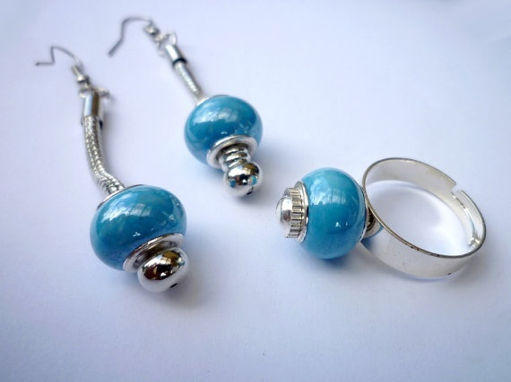 Set of earings and ring by wandadesign on Etsy, €20.00