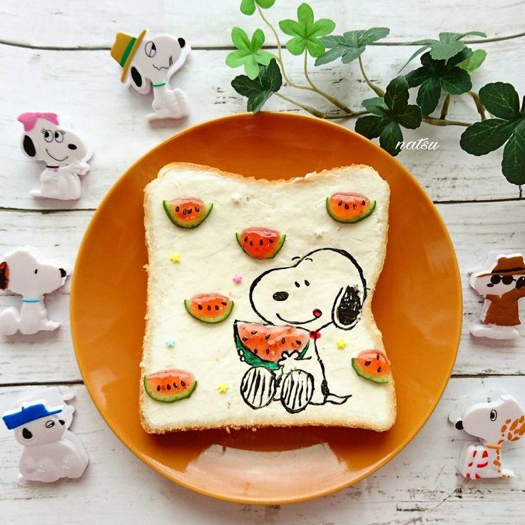 Snoopy loves watermelon toast art by Natsumi☆° (@natsu.yu_an805)