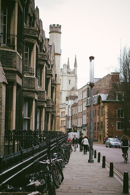 STUDY ABROAD PROGRAMS IN CAMBRIDGE, ENGLAND