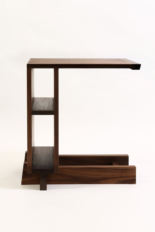 Side table w/o or w/ drawers material : walnut size : 500x400x570(h) mm /             600x400x550(h)mm finish : biofa oil