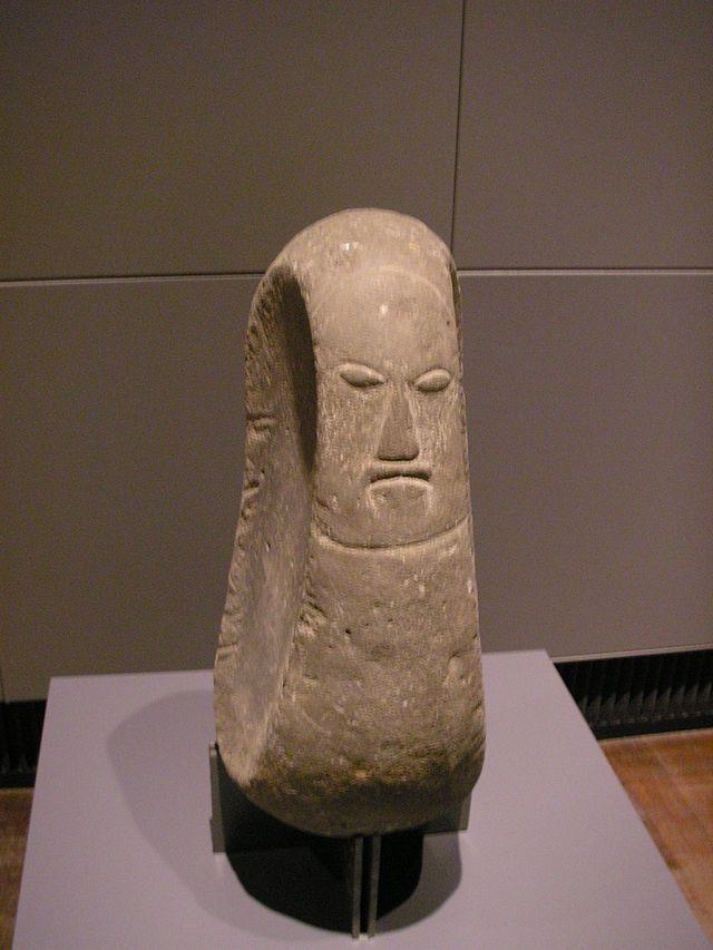 A statue of Hawaiian deity ◆Hawaii - Wikipedia http://en.wikipedia.org/wiki/Hawaii #Hawaii