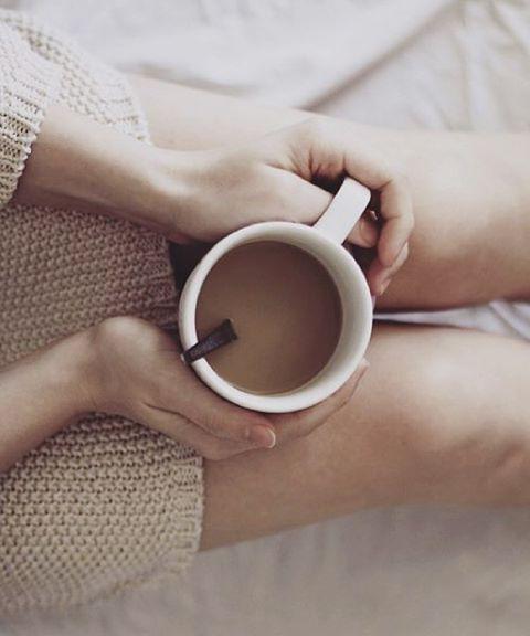 grafika coffee, legs, and coffe