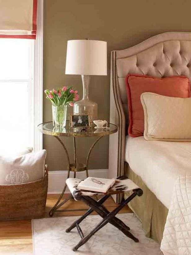 17 Best Ideas About Pale Green Bedrooms On Pinterest