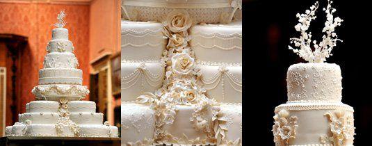 O bolo do casamento de William e Kate tinha nada menos do que oito andares, decorados com 900 flores de açucar, incluindo a rosa de Inglaterra, a flor do cardo da Escócia, o narciso de Gales e o trevo de quatro folhas da Iralnda. Foi criado pela pasteleira e artista inglesa Fiona Cairns, famosa pelos seus bolos exclusivos, tendo sido oferecido aos convidados numa celebração que teve lugar no palácio de Buckingham, depois da cerimónia de casamento. Bolo de William e Kate