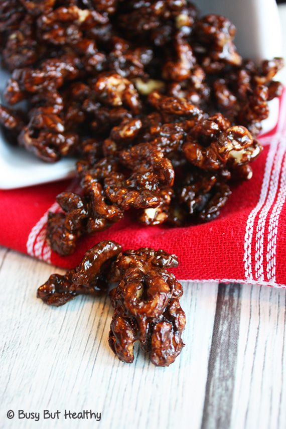 Slow Cooker Gingerbread Glazed Walnuts - great holiday snack and perfect homemade gift.