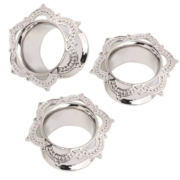 Cheap 1 Pair New White Brass Flesh Tunnel Ear Plug Single Flared Ornate Copper Body Piercing Jewelry Ear Expander Gauge 6 to 16mm, Compro Calidad Joyas para el Cuerpo directamente de los surtidores de China:      1 Pcs Only 16g Steel Cartilage Ear Lip Tragus No Piercing Fake Heart Clip On Tragus Ohr Helix Cartilage Knorp