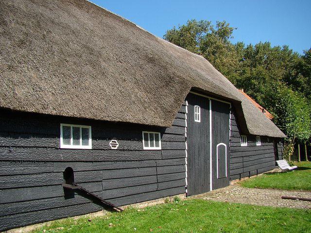 Boerderij Tiengemeten, Oudelande, Zeeland. by Mieke Berkelaar2009, via Flickr