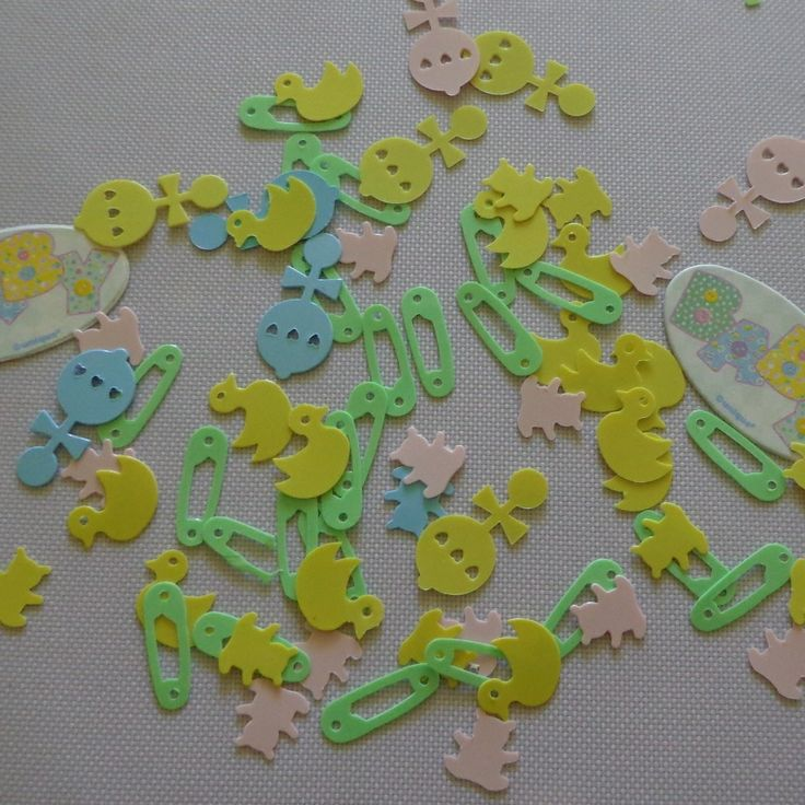 Table Scatters / Confetti Stitch Themed Green