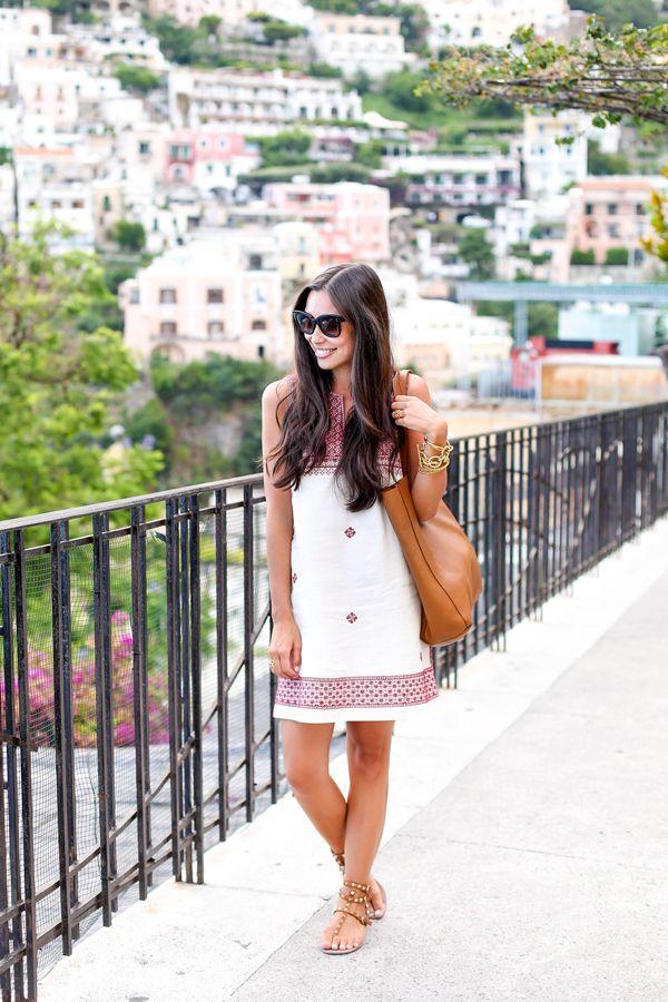 Madewell dress + Valentino sandals on the Amalfi Coast.
