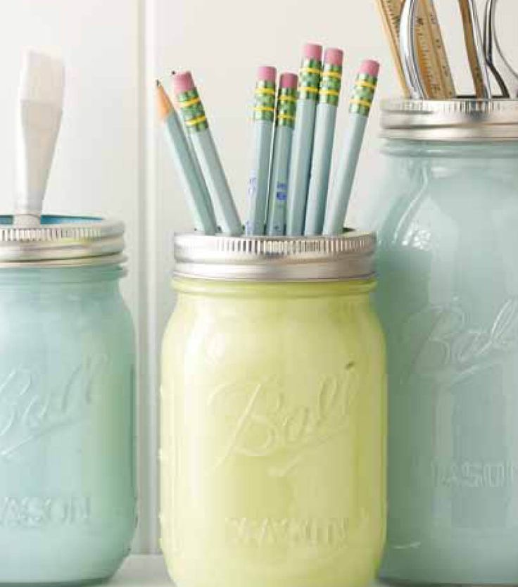 Color coordinate your space with @Robin Hawk® Canning jars & paint! :)