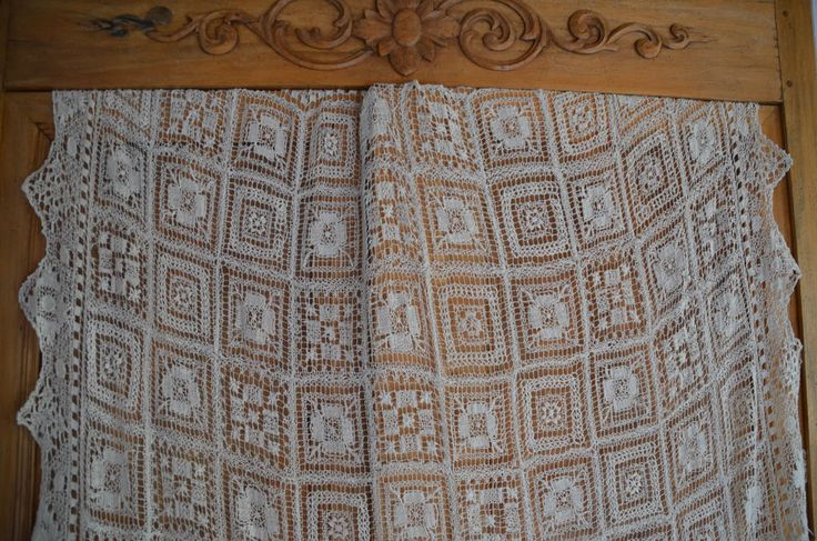 antique French hand embroidered pure cotton needle lace cloth, cream - unused  #HandmadeinFrance