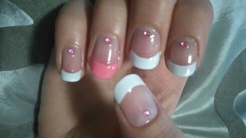 French tips with pink