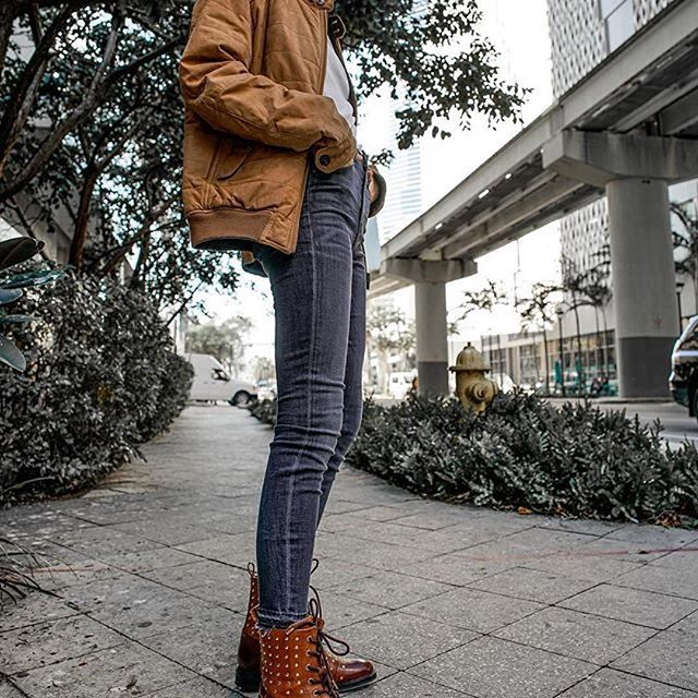 The Brown Sally boots. #sally #washedrocks #boots #footwear  #Repost @hidemycoat (@get_repost) ・・・ Fall in Miami. Wearing @parkersmithjeans skinny and @washedrocks boots