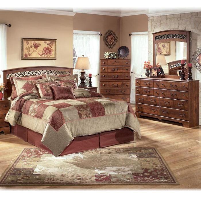 Timberline Queen 4 Piece Bedroom Set In Warm Brown Cherry Nebraska Furniture Ma Bedroom