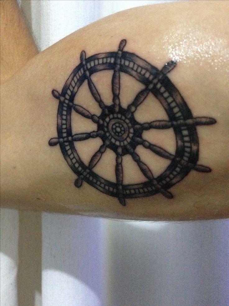 Tattoo timão, leme, navio  Primeira Tattoo