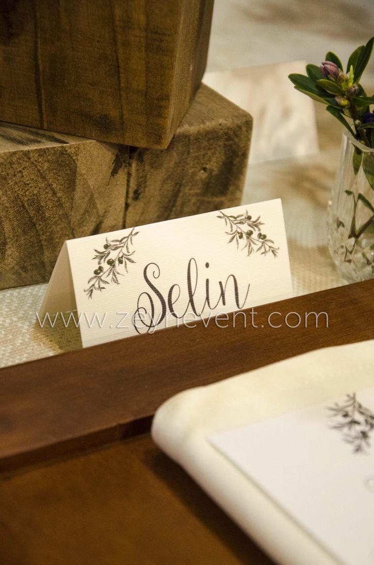 Vintage concept wedding table with lavander - Lavantalı vintage konsept düğün masamız