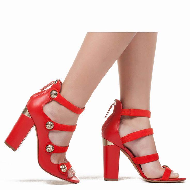 Sandalias rojas de tacón con botón - tienda de zapatos Pura López