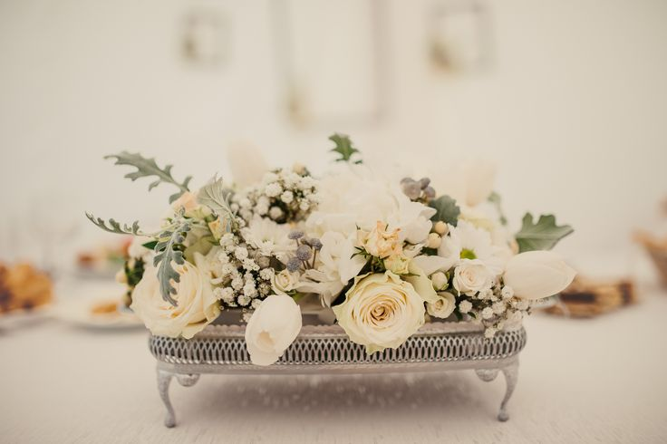 White, grey and mint centerpiece