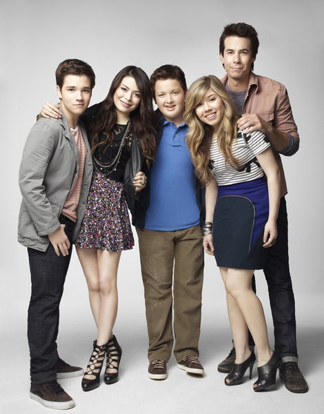 iCarly- Not a movie...but iLove it sooooo much!!!