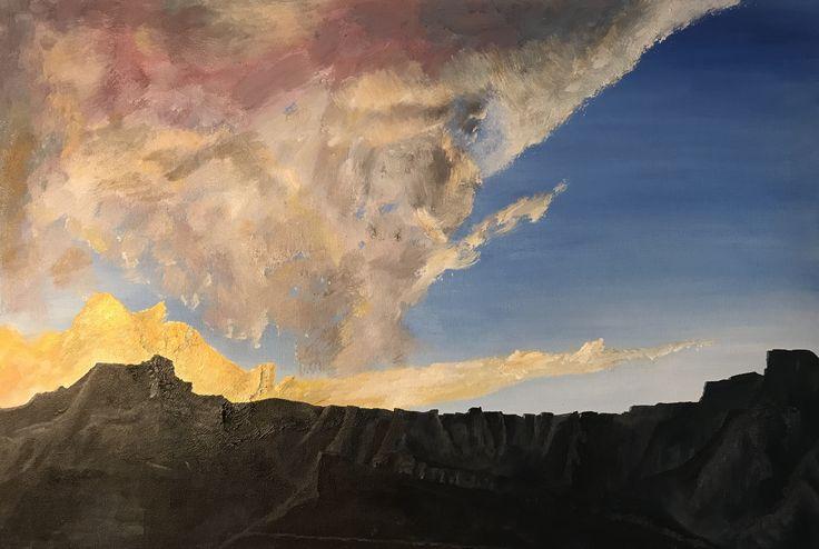 Drakensnerg Amphitheatre at sunset
