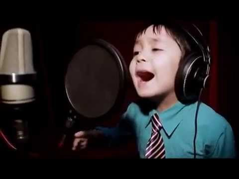 "Amazing 4 Years Old Sings ""I WILL ALWAYS LOVE YOU"" by Whitney Houston - YouTube"