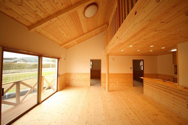 【鴨川市 注文住宅】平屋で無垢に包まれたロフト付きの家