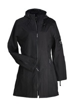 Ilse Jacobsen softshell coat Rain 07 - new trendy 3/4 model. The softshell 3/4 coat is water repellent and breathable. All seams are extra adapted. The innerside is lined with fleece, which makes the wearing comfortable. The Ilse Jacobsen coat has a little closed fold at the back, which makes the Ilse Jacobsen coat practical in use for cycling and walking. It is possible to open the zip at the bottom. The Ilse Jacobsen softshell coats are water repellent, and fine to use in light rain.