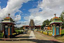 Fiyi - El templo hindú Sri Siva Subramaniya en Nadi.