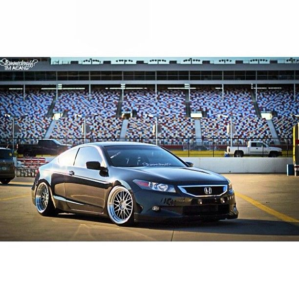This is by far the nicest and cleanest Honda Accord I've ever laid eyes on!