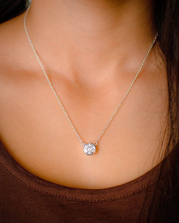 Every girl needs a simple #diamond necklace.