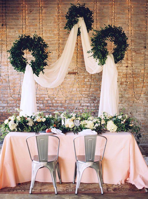 organic bohemian wedding inspiration - photo by Tracy Enoch Photography http://ruffledblog.com/organic-bohemian-wedding-inspiration