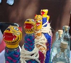 Resultado de imagen de botellas de mezcal