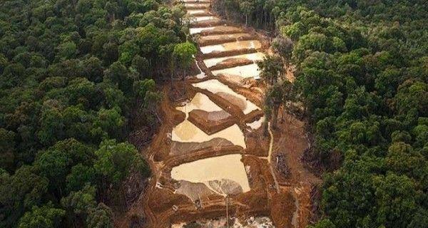 ¡LO ÚLTIMO! Impuesto a la explotación minera quedará en manos de Nicolás Maduro