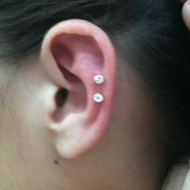 Ear piercings: Piercing Ears, Tattoo Piercing, Piercing Ideas, Ear Piercings, Cartilage Piercing, Ears Piercing, Piercing Tattoo, Ink Piercing, Earrings