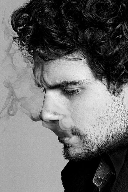Henry Cavill (I have an unhealthy obsession with men smoking don't ask. I find it sexy as all hell.)