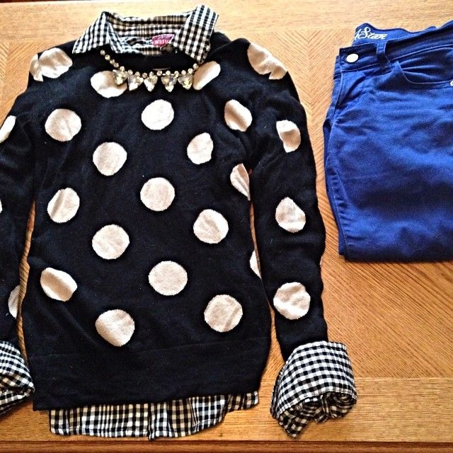 Polka dot sweater, black gingham shirt, cobalt jeans. without the strange necklace though