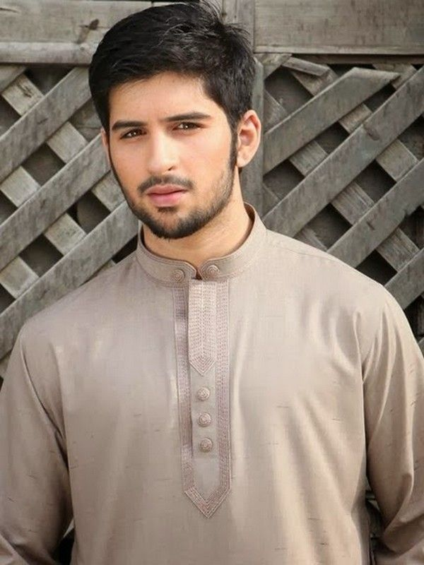Latest Salwar Kameez Designs 2014 for Pakistani Men.. http://wp.me/p4NpVB-cM ..Many designers have launched new salwar kameez collection for these summer which have fascinated .. #SalwarKameezDesignsLawn #SalwarKameezDesigns2010 #SalwarKameezDesignsBoys