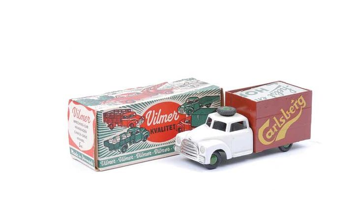 """Vilmer No.546 Beer Delivery Truck """"Carlsberg"""" - white, brown, green base and hubs with black tyres"""
