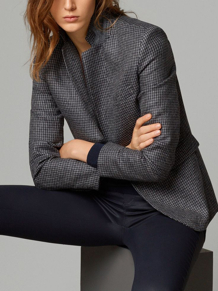 HOUND'S-TOOTH CHECK BLAZER Beautiful, versatile blazer - pair with blue, grey, black, etc.