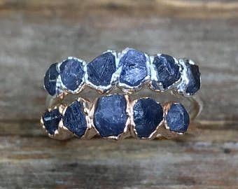 Raw stone ring / Blue sapphire ring / Rough gemstone ring / Raw gemstone / gift for her / September birthstone ring / rough sapphire