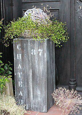 Shabby Holzsäule aus Massivholz Säule Podest Blumensäule Galeriesockel Skulptur