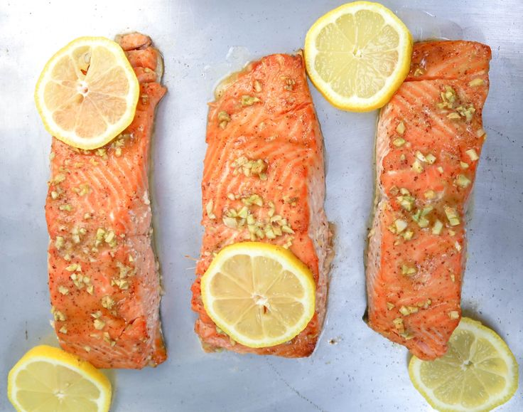 Baked Honey Dijon Salmon with garlic is a great mid-week meal, as it requires very few ingredients and little meal prep. Plus, it tastes like a treat!