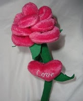 boneka bunga mawar
