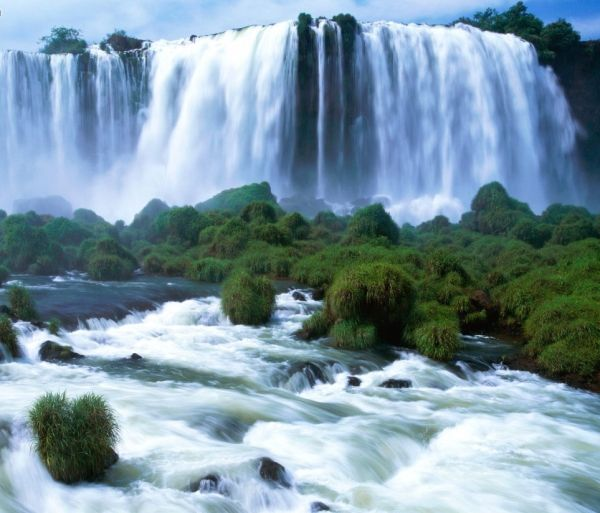 Iguazu Falls, worth visiting, absolutely beautiful!