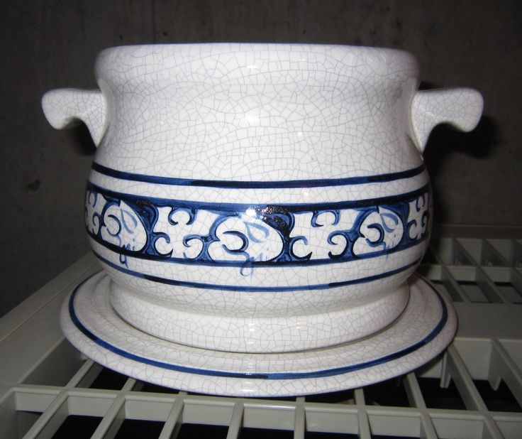Rare 1983 The Potting Shed Dedham Pottery Lidded Soup