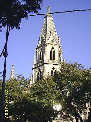 A Porto Alegre abbiamo la chiesa di S. Teresa in qualità di rappresentante di architettura gotica