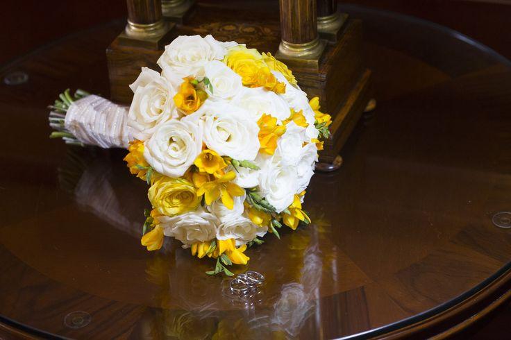 Un cuento de boda. Bouquet amarillo