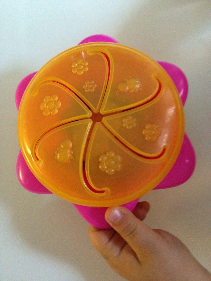 Este vaso para galletas y snacks es un invento genial! #snackcatcher #vaso #tapa #seguridad