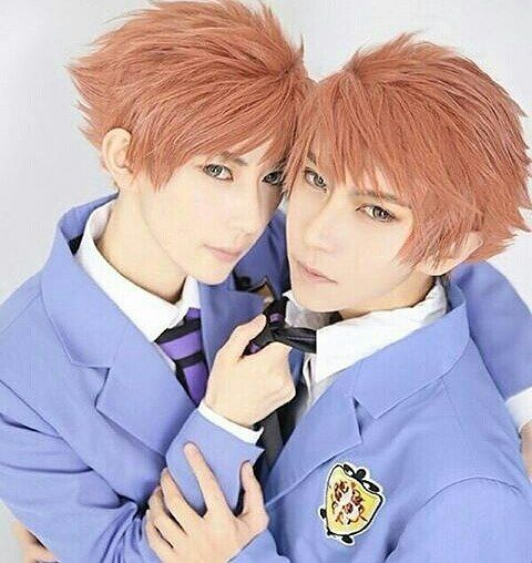 @willie.chia and KumaQi {China} as Hikaru Hitachiin and Kaoru Hitachiin {Ouran High School Host Club}